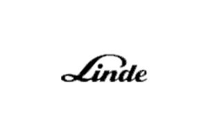 Stapler und andere Flurförderzeuge der Firma Linde